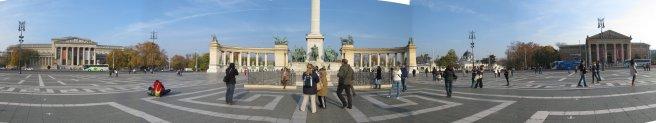 Macaristan_BudapesteKahramanlarMeydanı